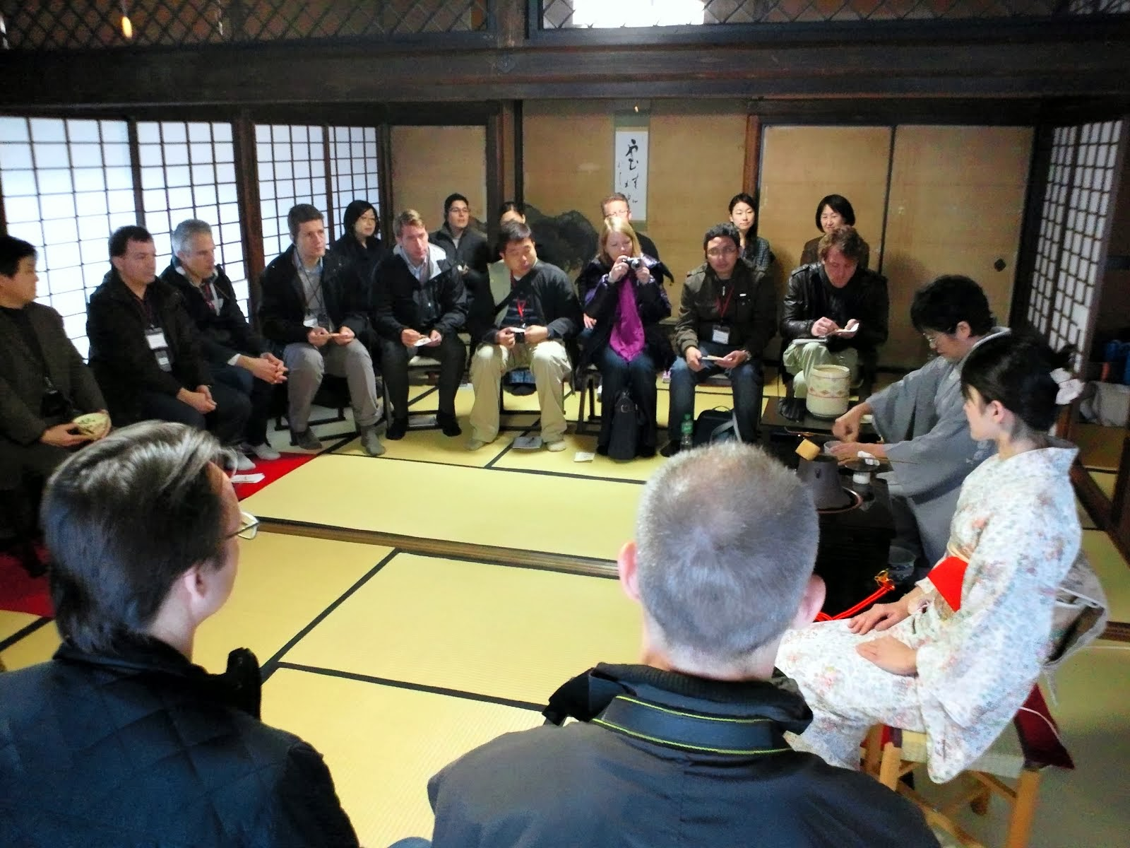 Japanese Style Hospitality (Omotenashi)Class for Corporations and Business School