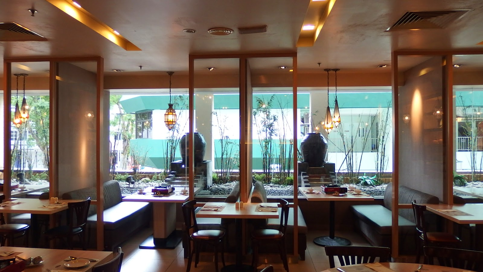 SuMMeR LoVes To Eat! Singapore Food Blog: Lunch Buffet at Spice ...