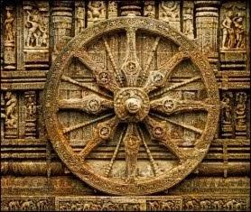 """""""Nada há para refazer da Roda da Lei - apenas há que recolocá-la em movimento."""" (provérbio hindu)"""