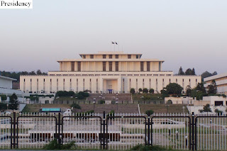Karachi was its first capital karachi was located at one end of the