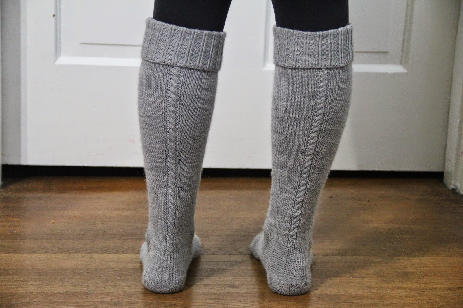 Cabled alpaca knee socks