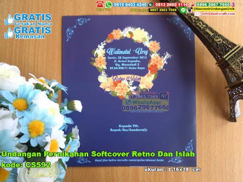 Undangan Pernikahan Softcover Retno Dan Islah