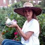 Read 'Glamorosi Cooks' at Heirloom Gardener Magazine