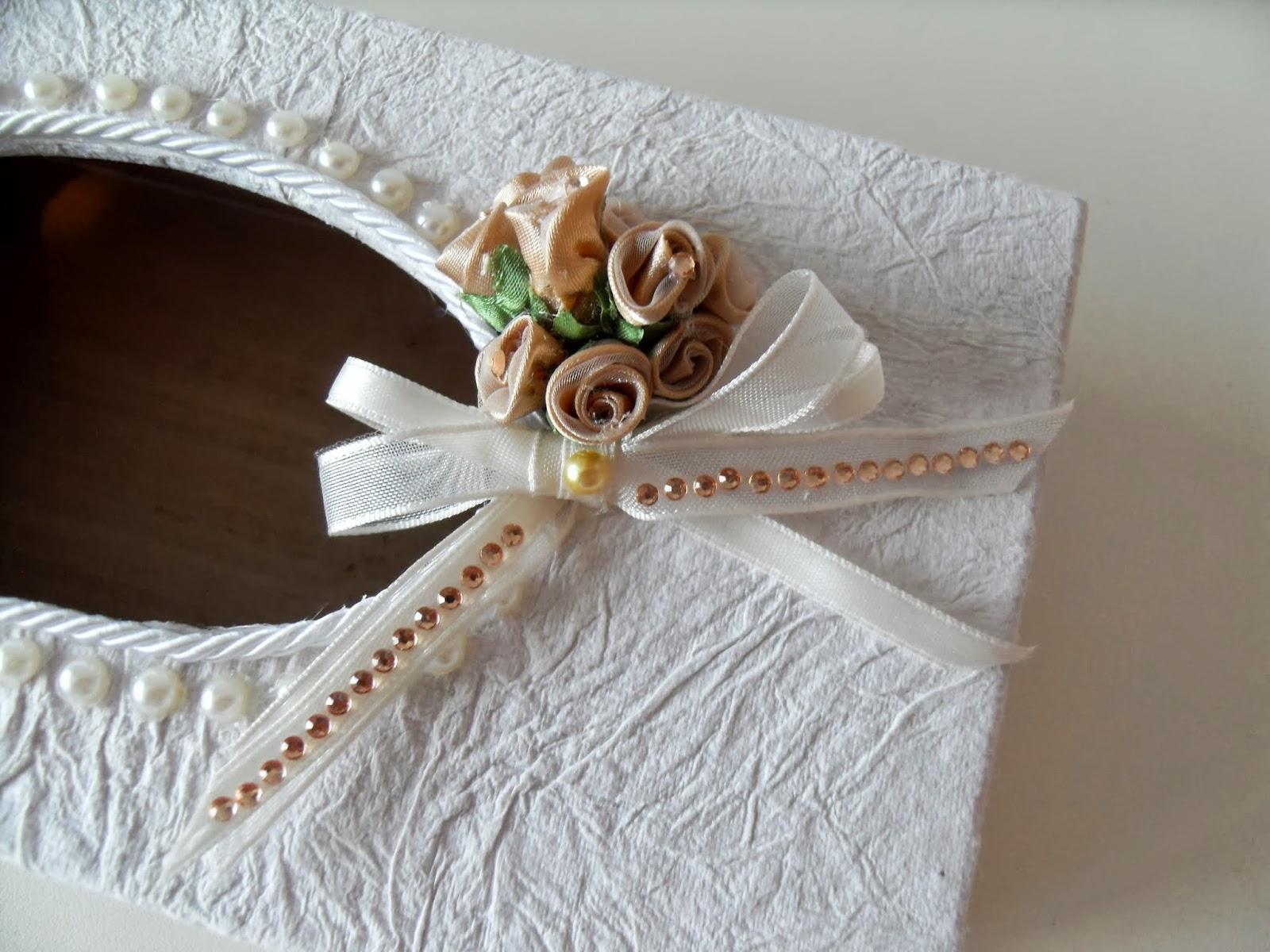 Lumaca matta handmade with love scatola porta fazzoletti for Foderare una scatola