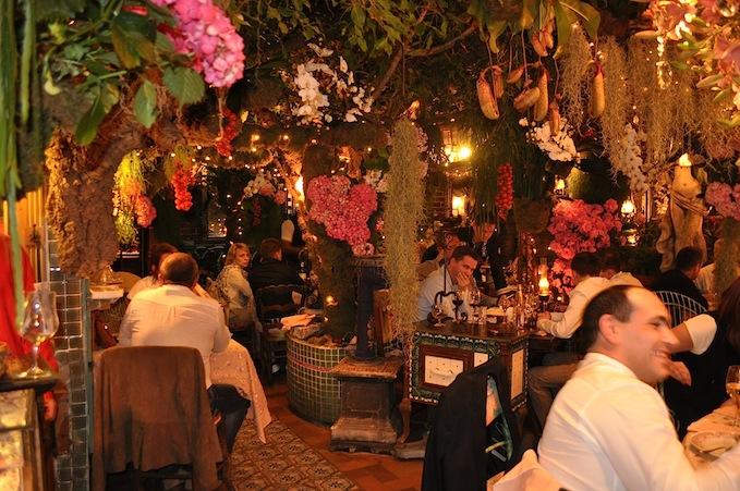 Cosa mi metto sparkling details for Le mas provencal eze