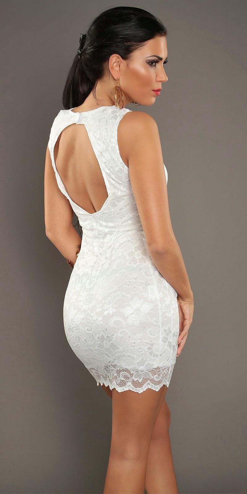 Vestido blanco corto escote