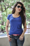 Archana photos in blue top-thumbnail-18