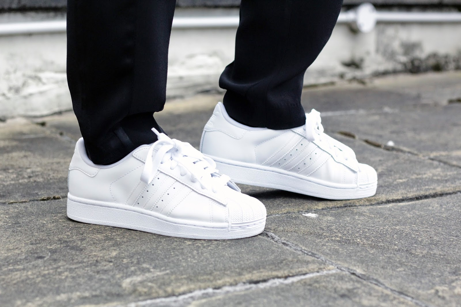 adidas superstar 2 all white