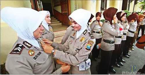 Polwan Surabaya Sudah Mulai Berjilbab