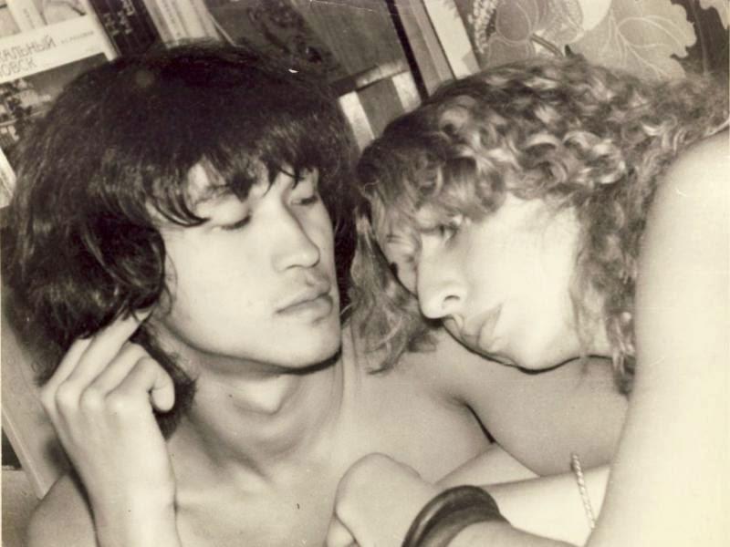 Марианна с Виктором у Алексея Рыбина (Рыбы), 1982 г.