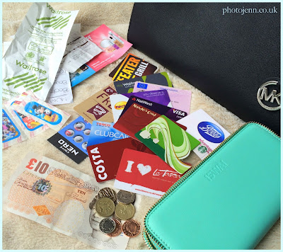 whats-in-my-purse