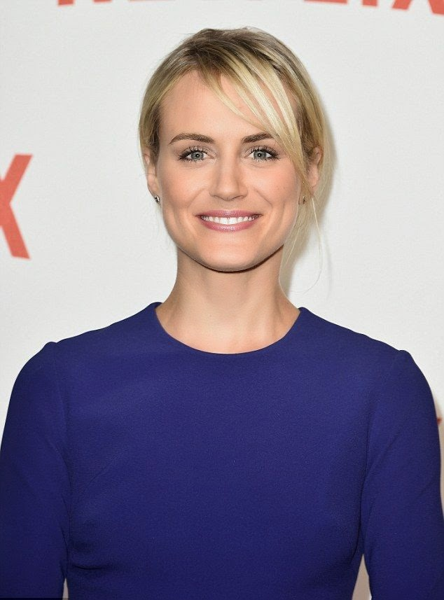Doesn't she look gorgeous? Never one to be outshine in the fashion world, Taylor Schilling made a statement for the launch of Netflix. Looking simply elegant yet quietly seductive, the 30-year-old channeled her show in midnight blue mini dress to the premiere party at Le Faust, Paris on Monday, September 15, 2014.