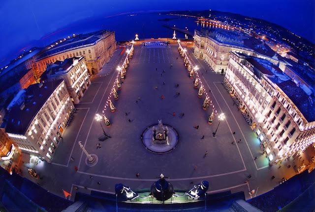 Piazza Unità d'Italia a Trieste