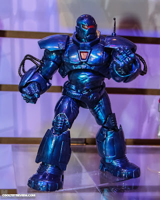 Hasbro 2013 Toy Fair Display Pictures - Iron Man Marvel Legends - Iron Monger Build-A-Figure