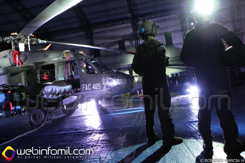 Con una imponente, vibrante y emocionante ceremonia, el Comando Aéreo de Combate No5 de la Fuerza Aérea Colombiana presentó el helicoptero de ataque más moderno de América Latina, el AH-60L Arpía IV.