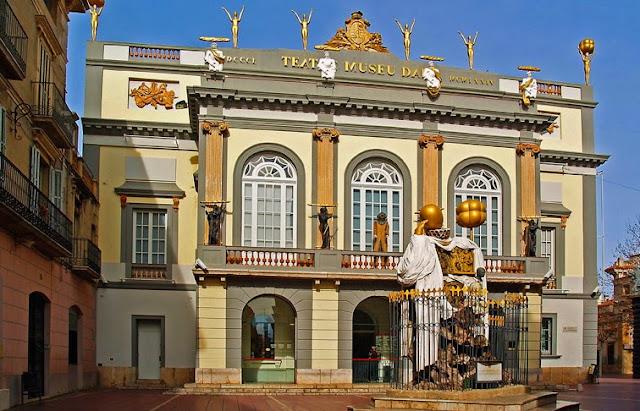Teatre - Museu Dalí