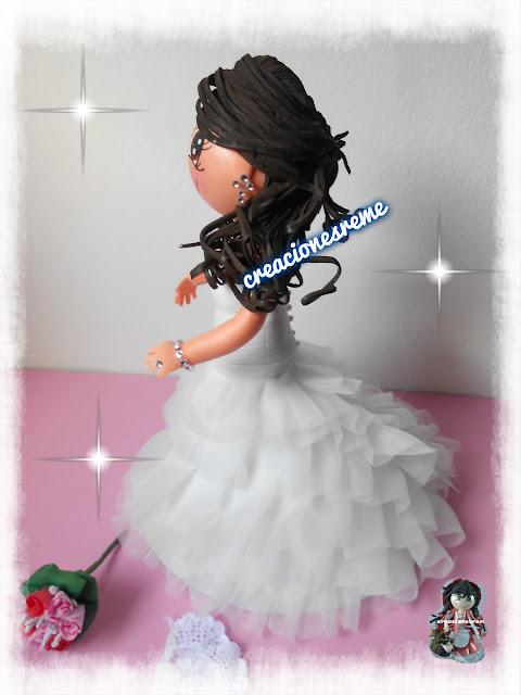 fofucha-creacionesreme-personalizadas-foami-bodas -fofucha-novios -goma-eva-muñequita-muñecos-tarta - fofucha –cajita-regalo-fofuchos-muñequitos-fofuchos-novios-fofucha-novia-vestido-novia-fofucha