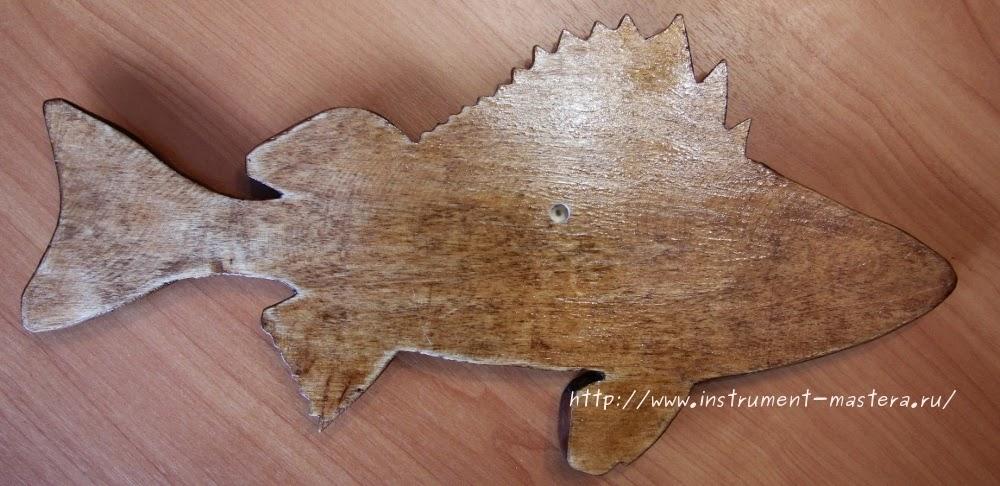 Панно настенное резная деревянная рыбка