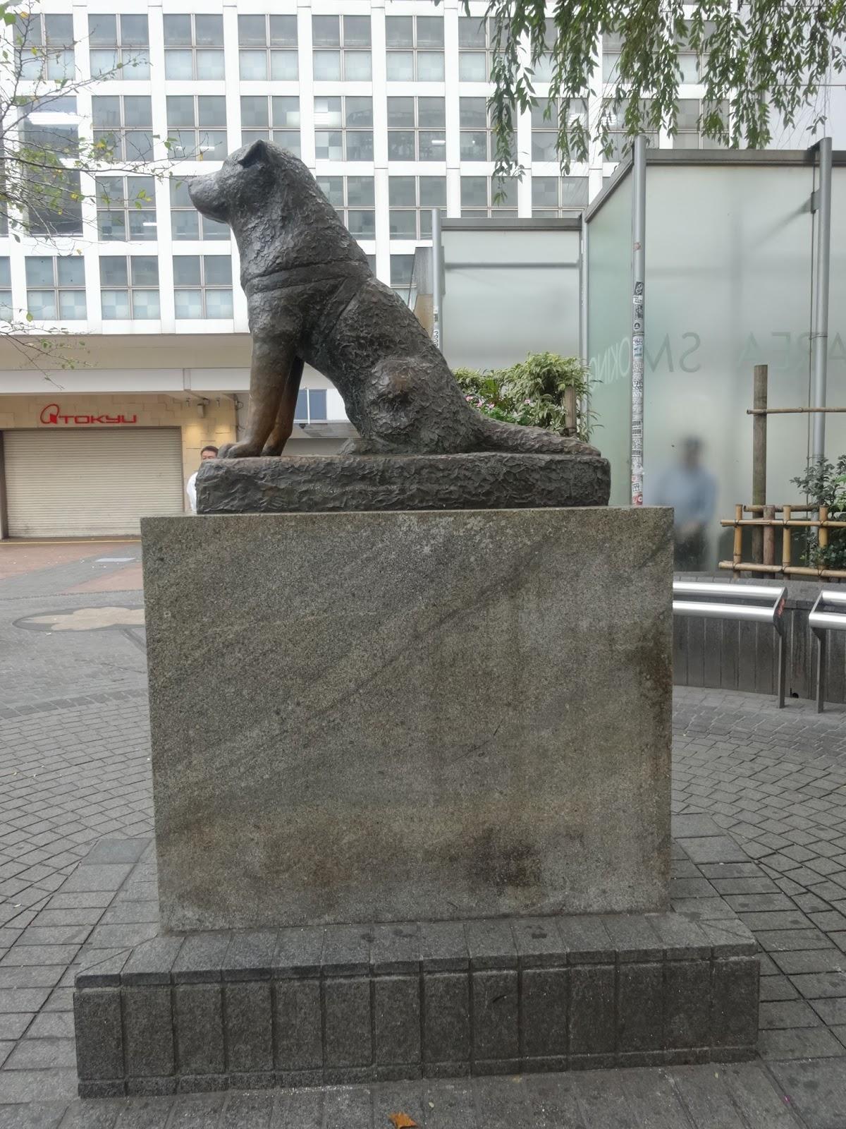 渋谷ハチ公,犬,銅像,側面〈著作権フリー画像〉Free Stock Photos