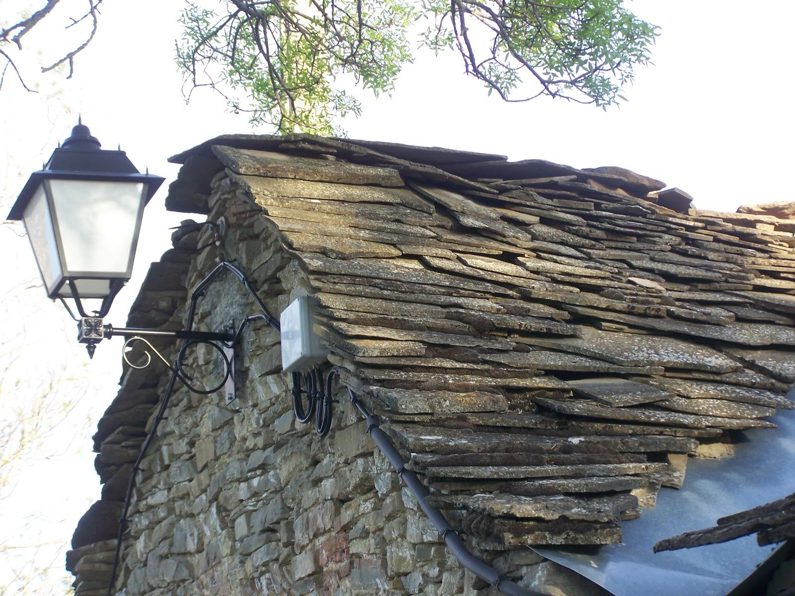 Buscando a pyrene empezando la casa por el tejado - Tejado de pizarra ...
