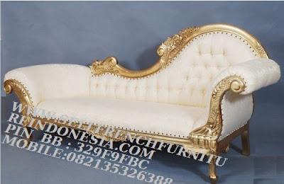 jual mebel jepara,sofa jati jepara furniture mebel ukir jati jepara jual sofa tamu set ukir sofa tamu klasik set sofa tamu jati jepara sofa tamu antik sofa jepara mebel jati ukiran jepara SFTM-55081 sofa santai jati ukir jepara model italian furniture