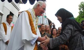 Cara mengucapkan selamat natal hukum memberikan hadiah natal bagi umat muslim