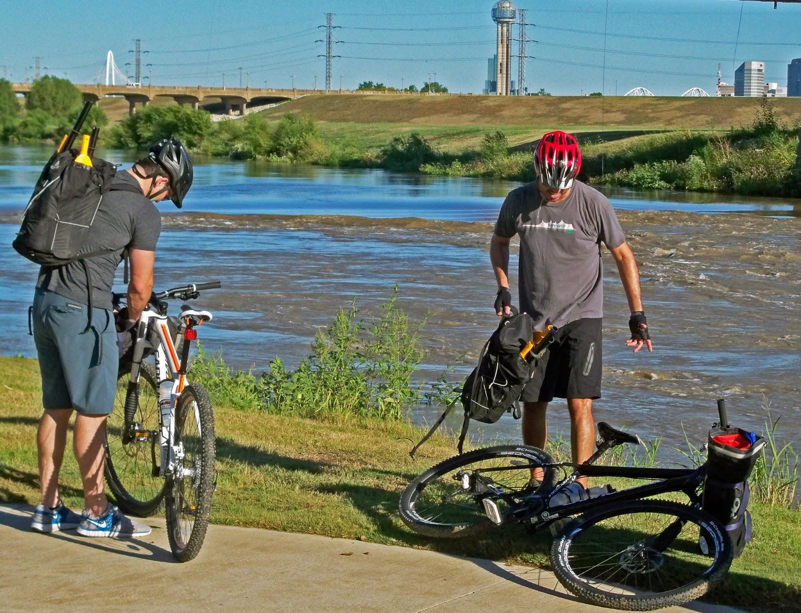 Dallas Trinity Trails Packrafting The Trinity River Paddling
