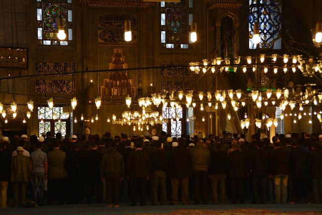 Yeni Camii Istanbul Prayer time