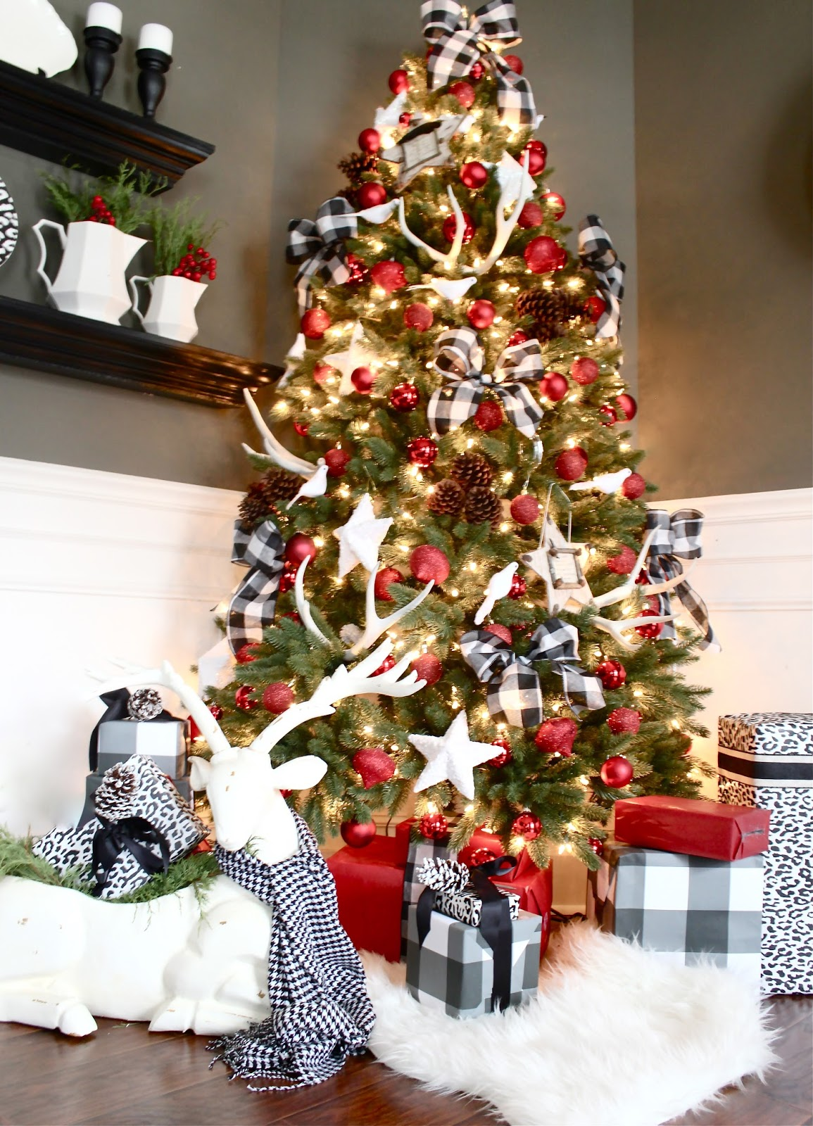 to see more of our 2014 christmas home please click here - Flat Back Christmas Tree