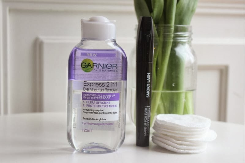 Garnier Express 2 in 1 Eye Make-Up Remover