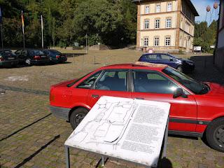 Kaiserthermen neben der Baden-Badener Stiftskirche