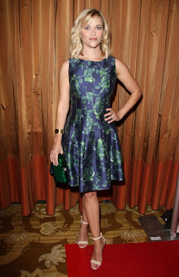 Reese Witherspoon red carpet Oscar de la Renta dresses