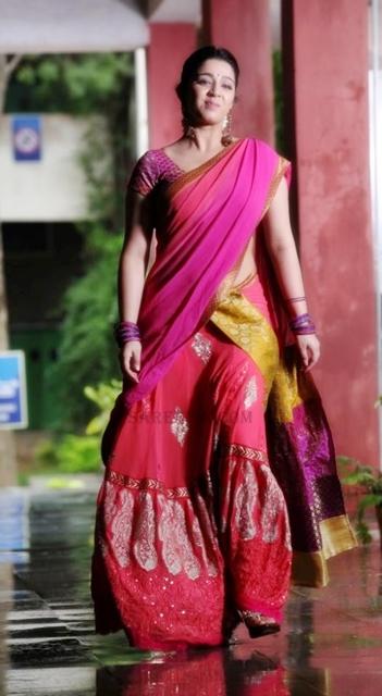 Charmi-kaur-designer-lehenga