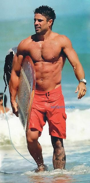 LUCIANO CASTRO SEXY SURFER