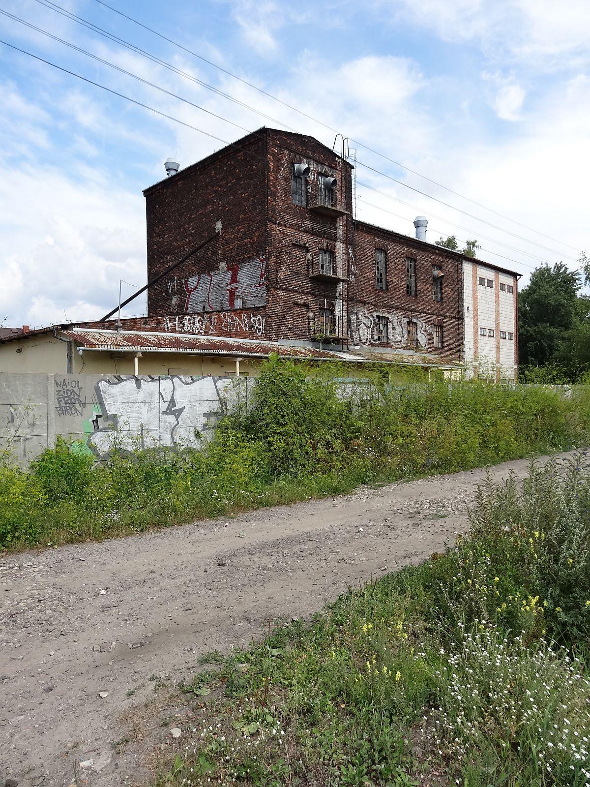 Przedwojenny budynek przemysłowy na Herbach