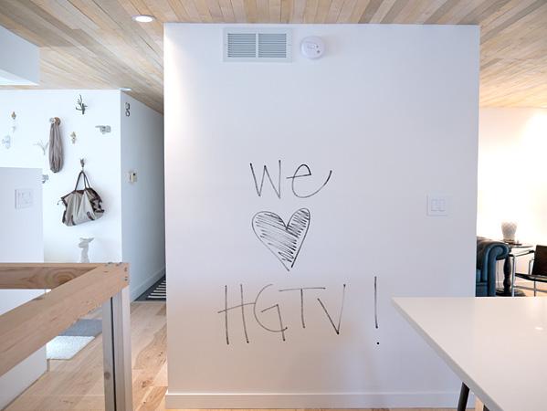 Mensajes en las paredes pintura de borrado en seco la - Pintura pizarra rotulador ...