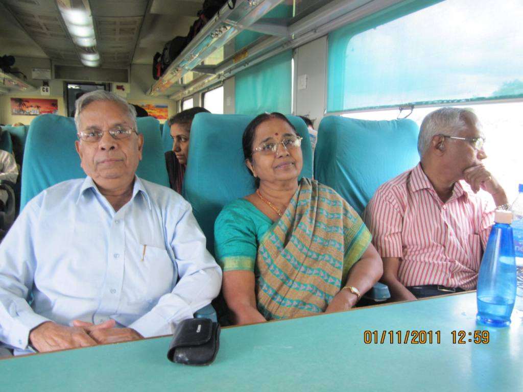 Velukkudi Krishnan Son Marriage http://rajappa-musings.blogspot.com/2011_11_01_archive.html