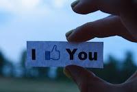 Status Facebook Untuk Mantan Pacar