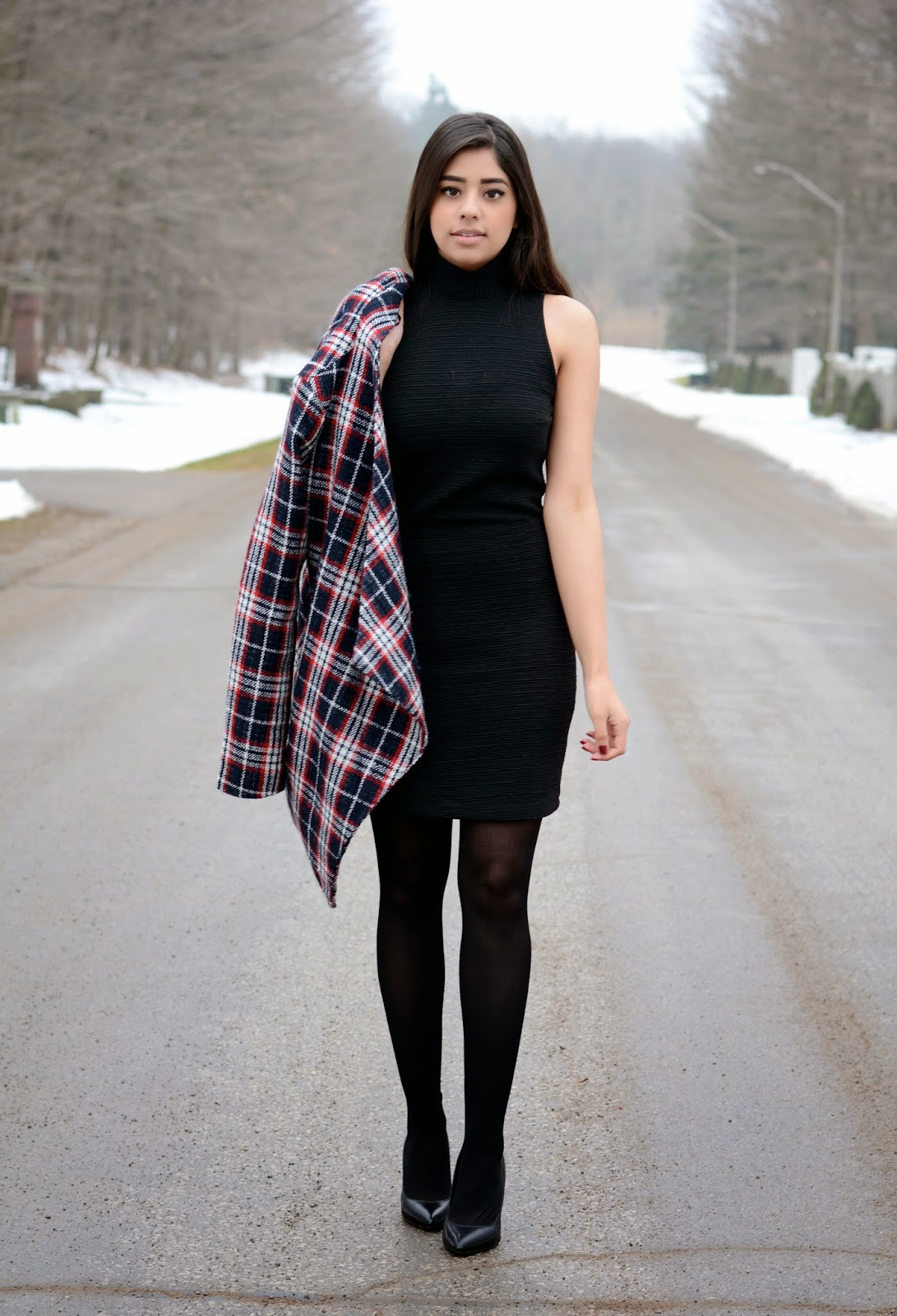 Black dress leggings - I M That Girl That Always Shows Up Overdressed Yes I Got The Memo That It Was A Casual Occasion But You See I Don T Really Do Leggings And Hoodies