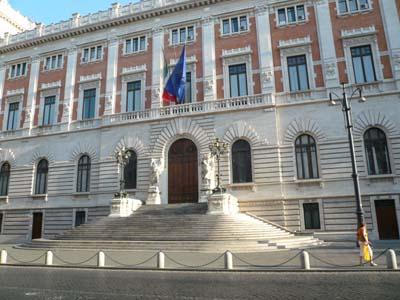 Il conti in tasca spagnolli io a roma candidatura for Roma parlamento
