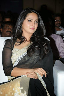 Anushka Shetty in lovely Lace Border Black Saree at Lingaa Audio Sucess Meet