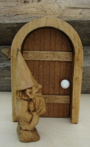 & Gnome For You: Gnome Door Tutorial