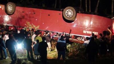 Xe khách lao xuống vực 7 người chết, 39 người bị thương ,thế giới lốp, lop xe, lốp xe ô tô, giá lốp, gia lop,