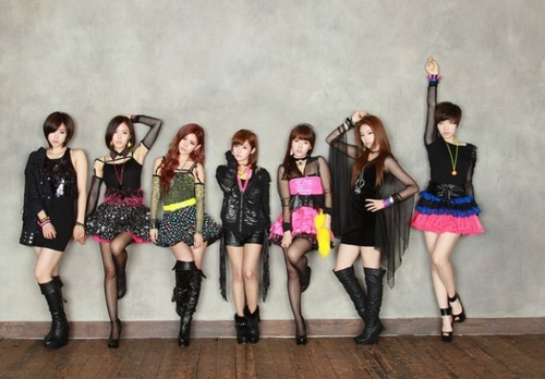 %5BSCAN%5D+T ara+Sparkle+Photobook+2012+(2) Brighten your Monday with Neon Colors in 10 Different Ways