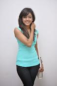 Vithika Sheru Glamorous Photo Shoot Gallery-thumbnail-1