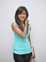 Vithika Sheru Glamorous Photo Shoot Gallery-cover-photo