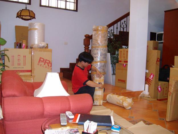 Nhận chở hàng hóa, dọn nhà, công ty 01234779797