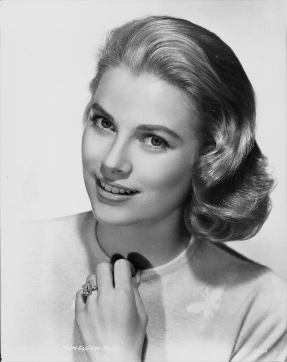 MGM Produced A Lovely Publicity Shot Of Grace Kelly Wearing Her Diamond Ring