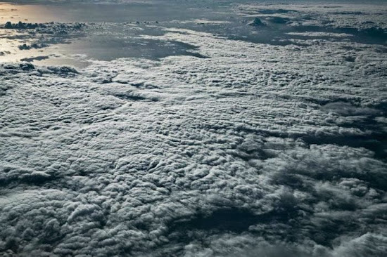 Amazing above the Clouds Pictures
