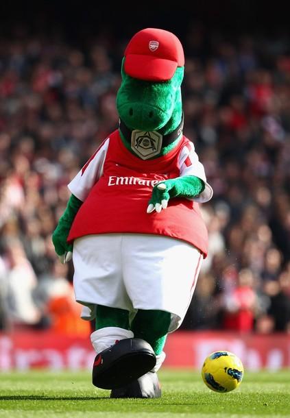 Gunnersaurus mascot Arsenal